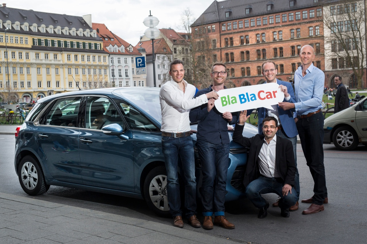 Водители БлаБлаКар с логотипом приложения
